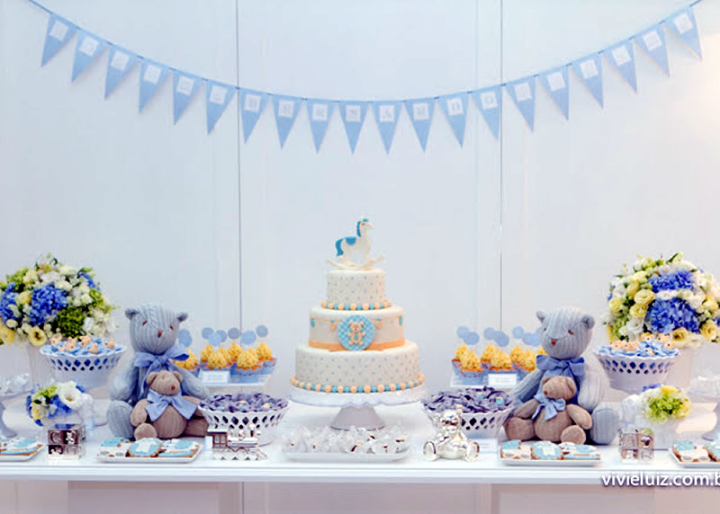 blue-and-white-baby-shower-truffle-wrappers-table-settings