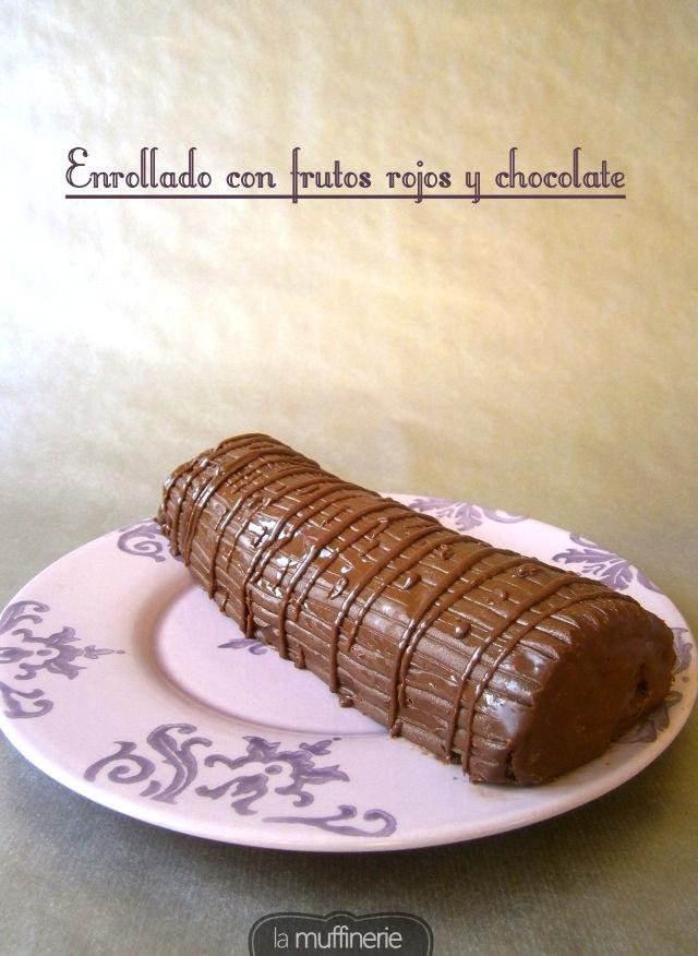 Enrollado con frutos del bosque y chocolate-LaMuffinerie.com